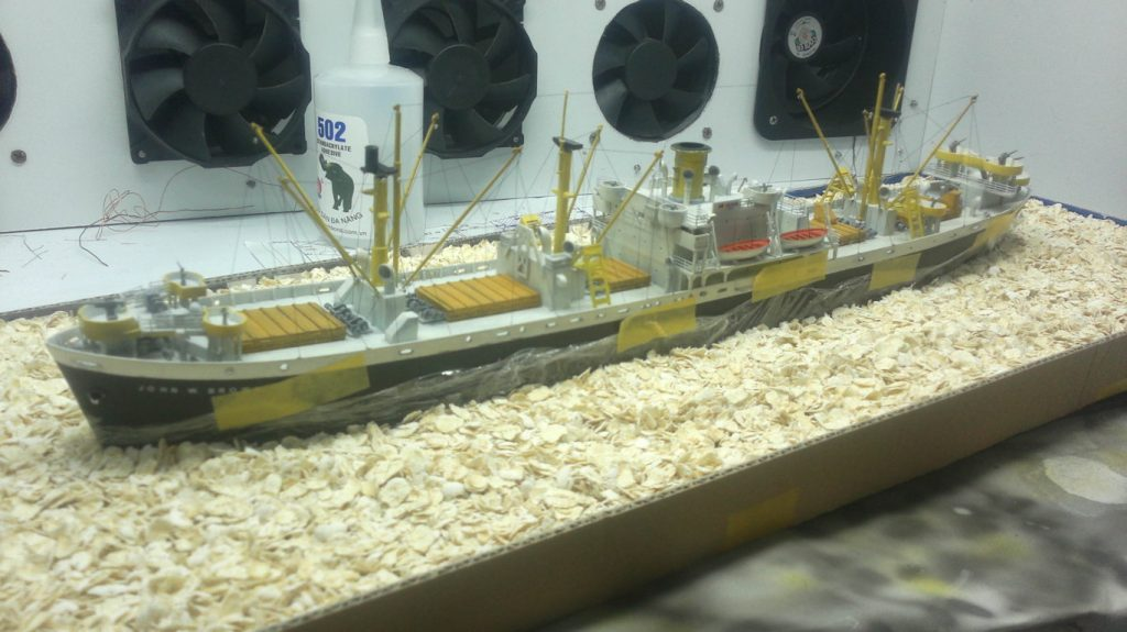 Hướng dẫn làm mặt nước cho mô hình tàu.